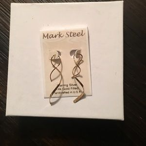 Brand New Sterling Silver Earrings w Gold Plated